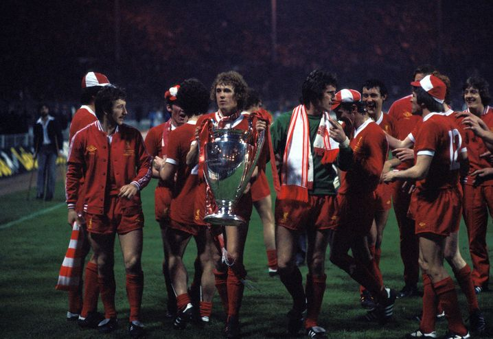 Ray Clemence and his teammates after winning the second national championship in 1978