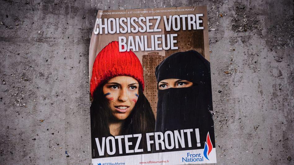 Wahlposter des FN: Mit Parolen gegen alles Fremde