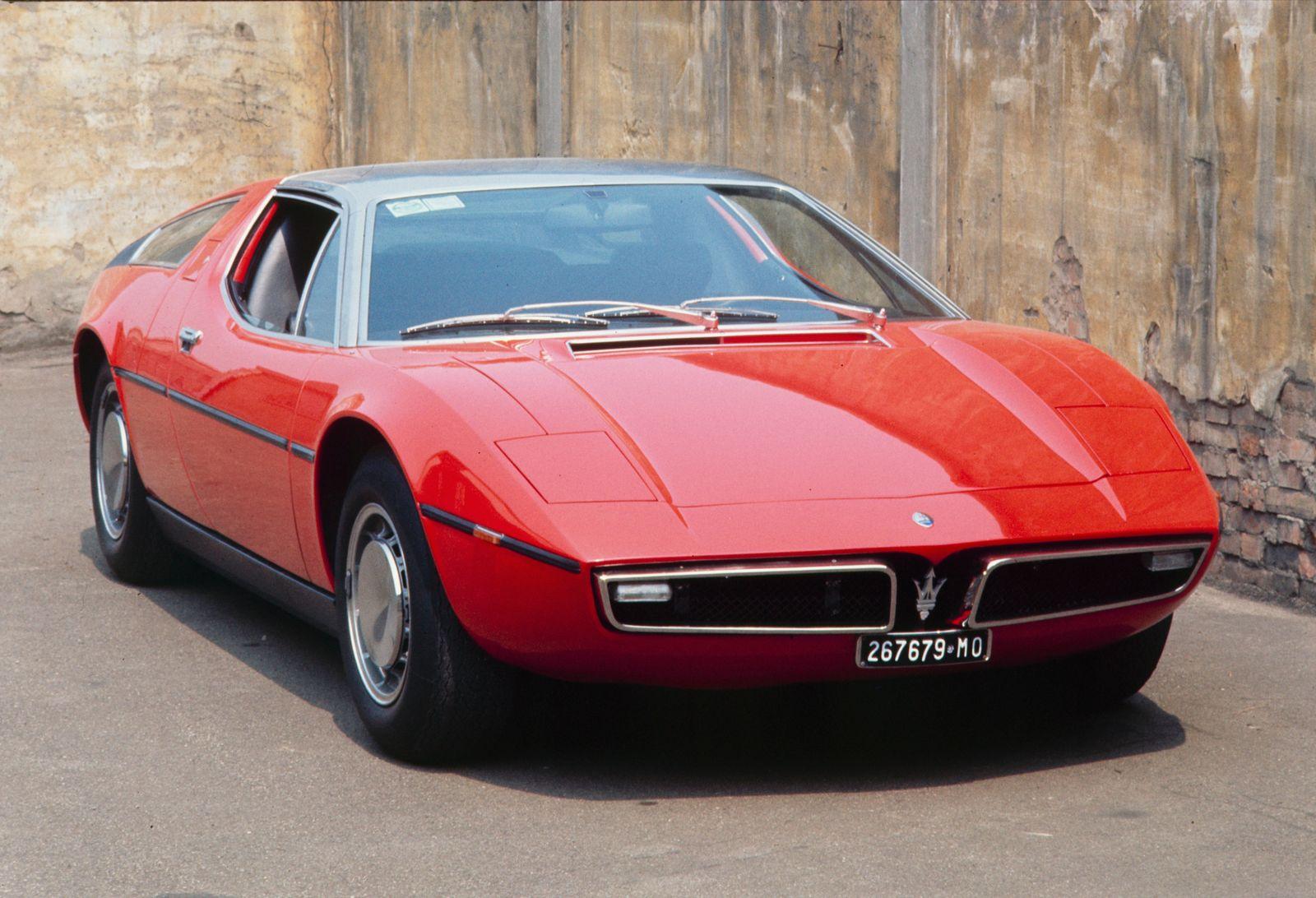 Maserati Bora Factory Tour - Drive