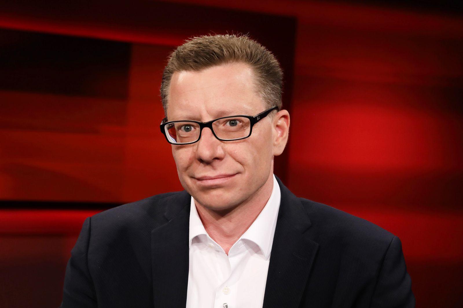 Bastian Hermisson Leiter der Heinrich Böll Stiftung in Washington in der ARD Talkshow hart aber fa