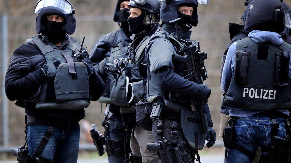 Mitglieder eines Spezialeinsatzkommandos in Köln (Archiv): Affäre um Elite-Einheit