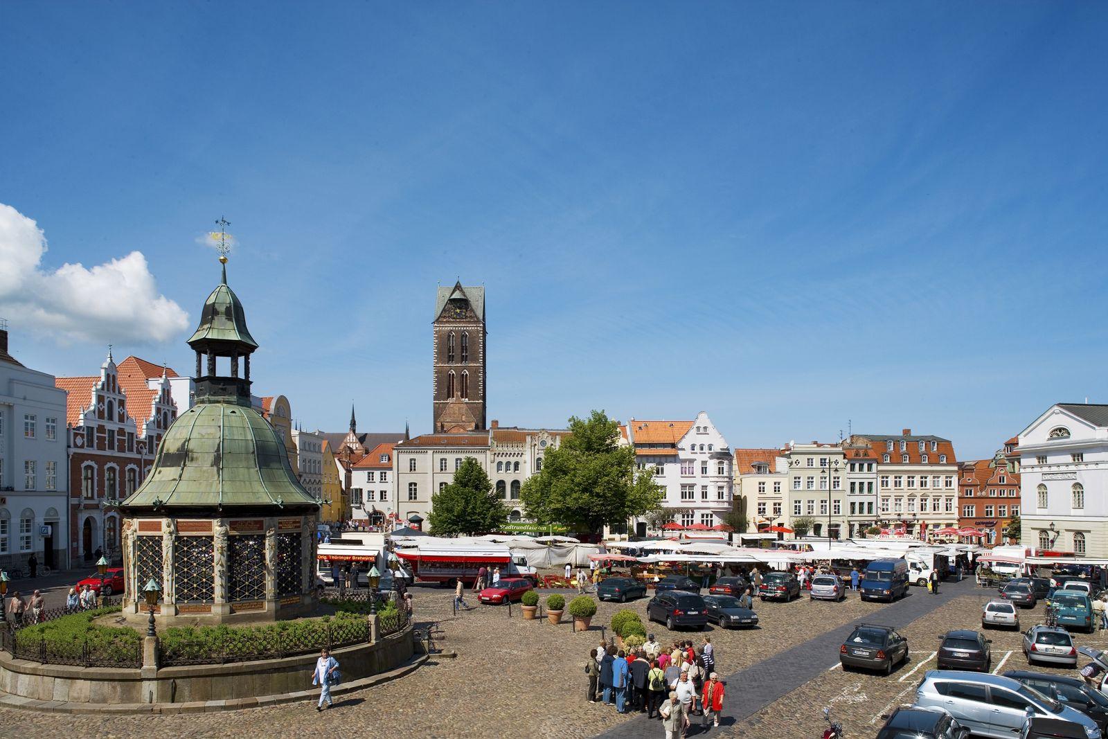 NICHT MEHR VERWENDEN! - Wismar / Marktplatz