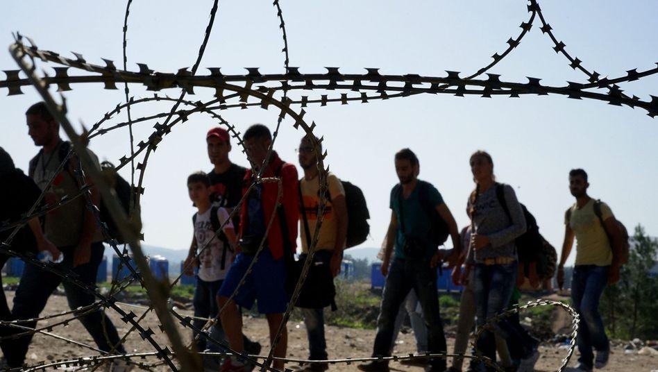 Flüchtlinge an der griechisch-mazedonischen Grenze: Vorerst geht es nicht weiter