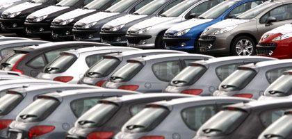 """Wagen von Peugeot in der Nähe von Colmar: """"Außerordentliche Hilfe"""" für Autobauer stößt auf Kritik"""