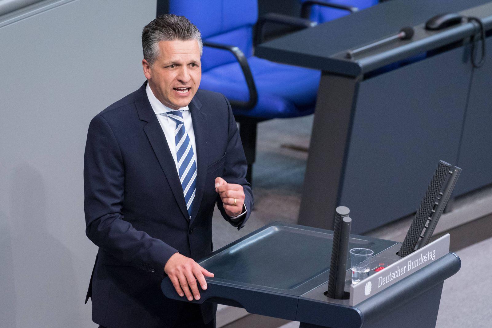 Berlin, Plenarsitzung im Bundestag Deutschland, Berlin - 28.05.2020: Im Bild ist Thorsten Frei (cdu) während der Sitzung