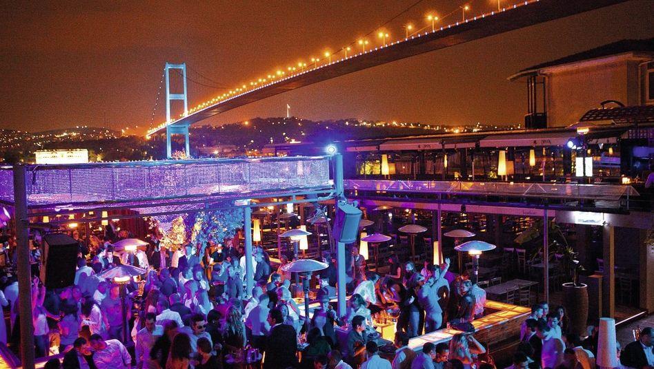 Nachtleben in Istanbul: »Sie machen sich zu viele Sorgen«