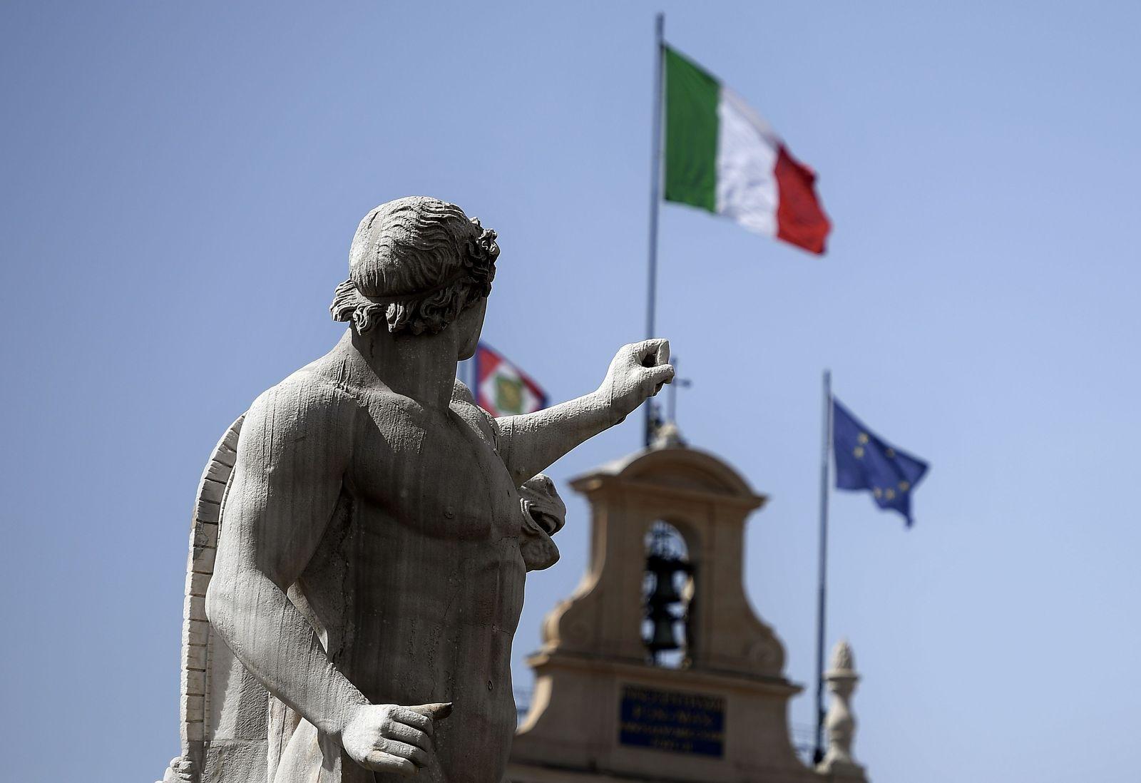 ITALY-POLITICS-GOVERNMENT-MONUMENT