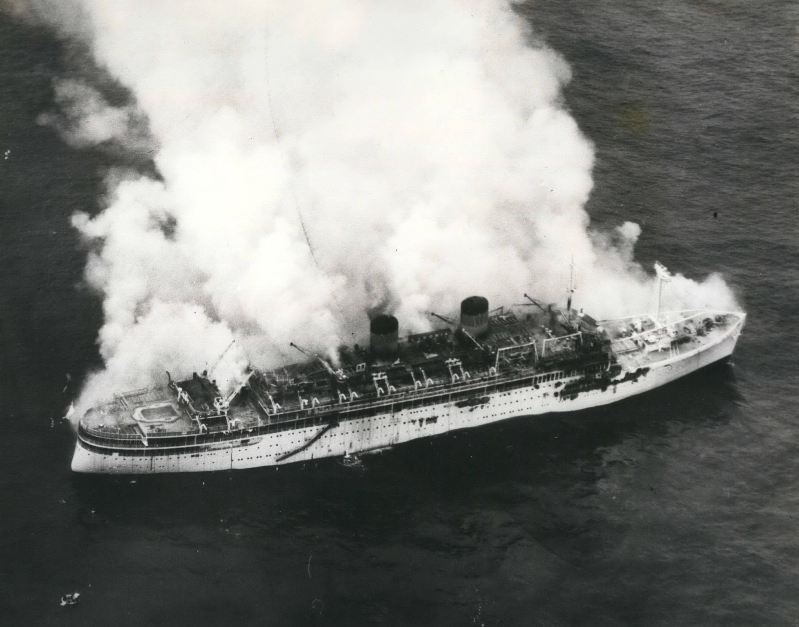 Dec 12 1963 919 Saved From Lakonia Of the 1 036 passengers and crew of the Christmas cruise lin