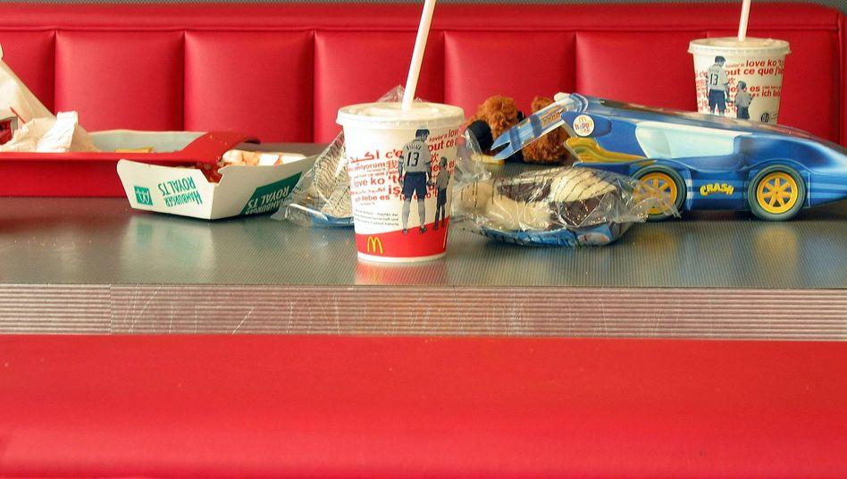 Müll in einem Fast-Food-Restaurant