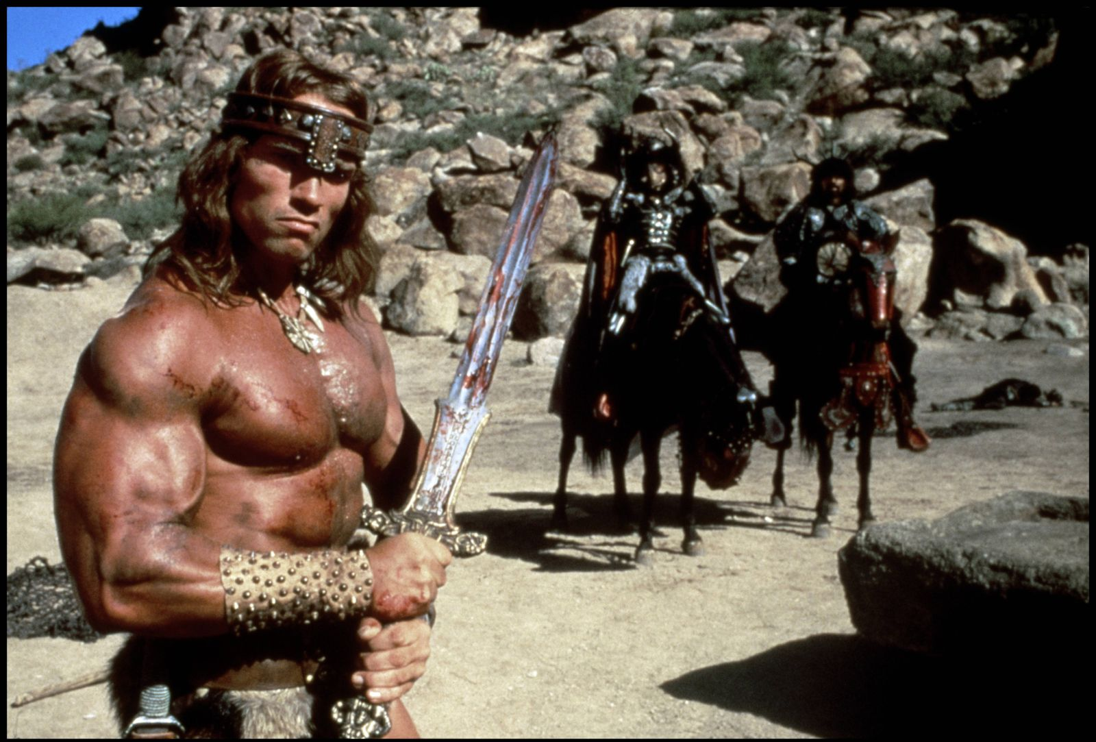 EINMALIGE VERWENDUNG Szenenfoto von Arnold Schwarzenegger als ¿Conan, der Barbar¿