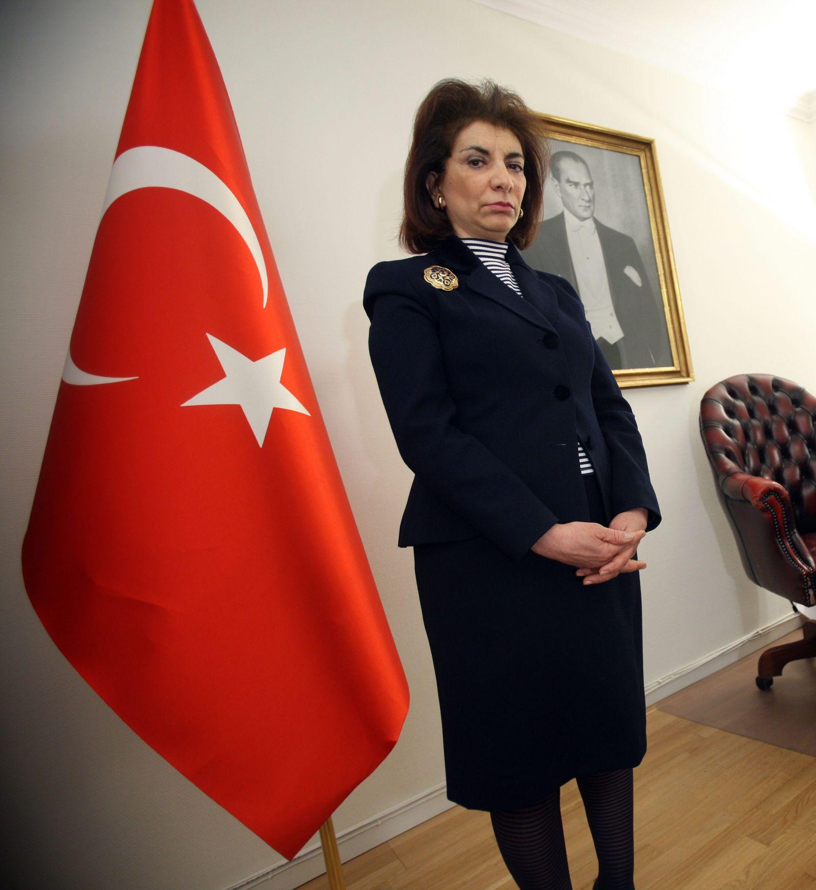 türkische botschafterin in schweden