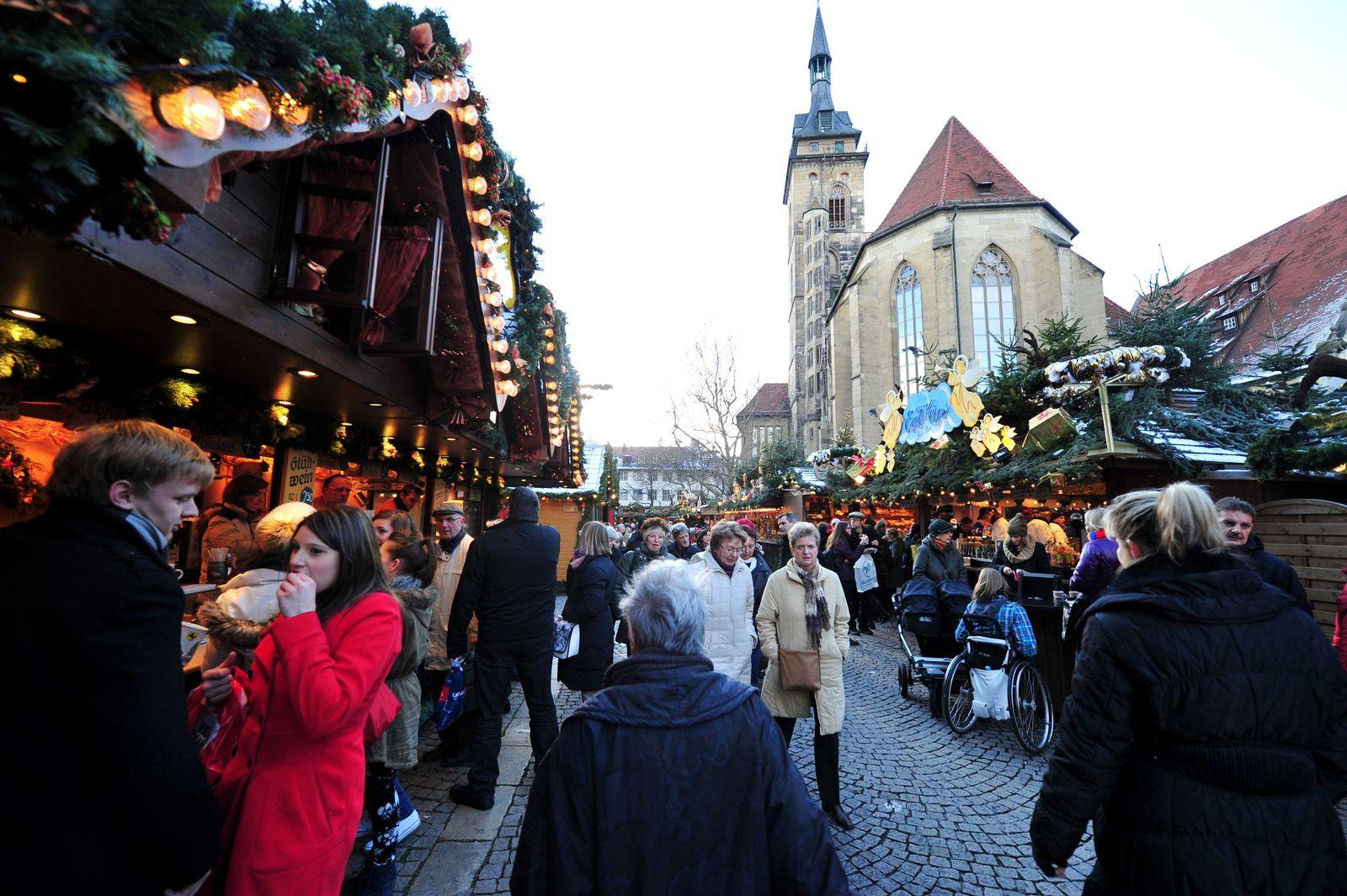 Weihnachtsmarkt / Stuttgart