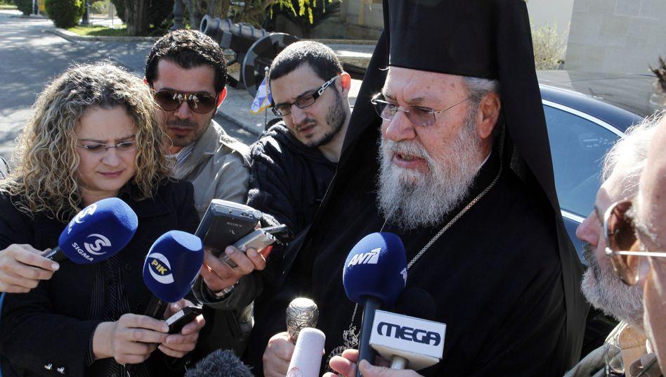 """Erzbischof Chrysostomos: """"Genies in Brüssel"""""""