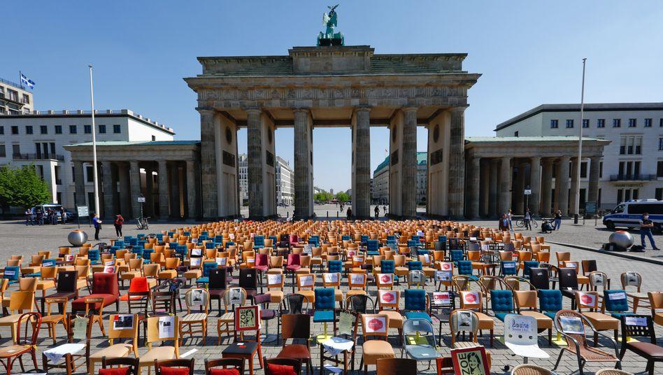 Protest von Gastronomen in Berlin: Wer kommt für den Schaden auf?