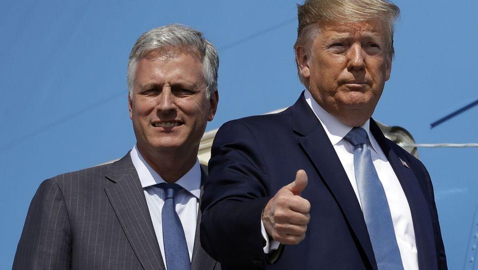 Donald Trump (r.) und Robert O'Brien: Der neue Mann auf dem Schleudersitz im Weißen Haus