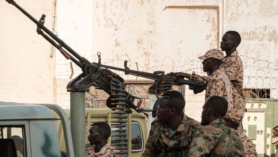 Milizen in Khartum: Haben die berüchtigten Rapid Support Forces von EU-Geldern profitiert?