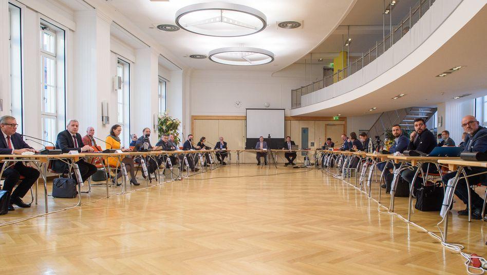 Medienausschuss im Magdeburger Landtag: Droht ein neues Thüringen?