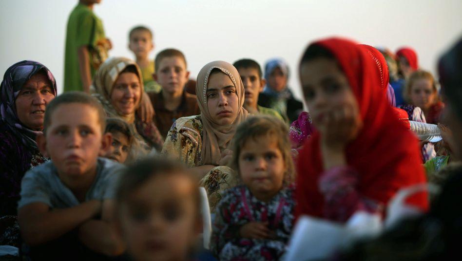 Flüchtlinge aus der nordirakischen Stadt Tal Afar: Eine halbe Million Menschen auf der Flucht vor dem IS