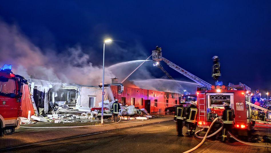 Feuer im Saunaklub: Das Gebäude wurde bei dem Brand fast vollständig zerstört.