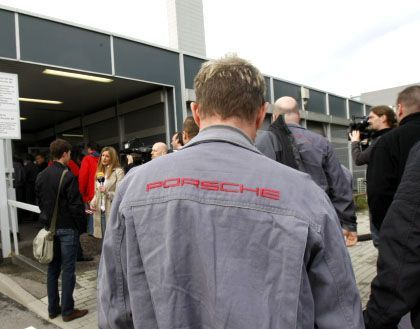 Porsche-Mitarbeiter: Entscheidung spätestens in zehn Tagen