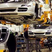 Porsche Stammwerk in Stuttgart-Zuffenhausen bei der 911er-Montage: Dreitägiger Stillstand.