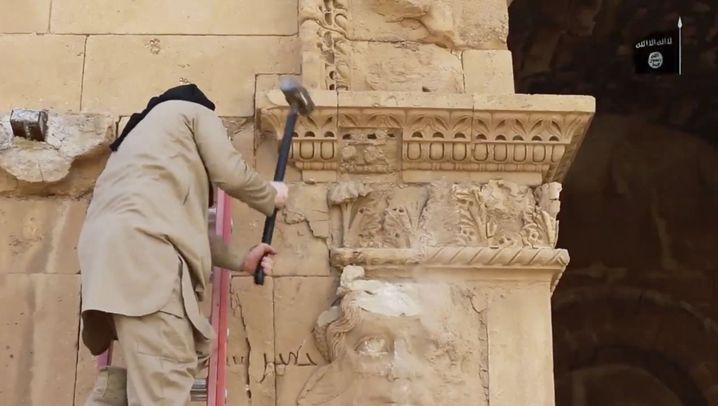 IS-Anhänger in Hatra: Zerstörungswut gegen vermeintliche Götzen