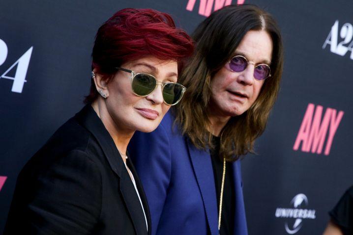 Sharon Osbourne (l.) mit ihrem Ehemann Ozzy
