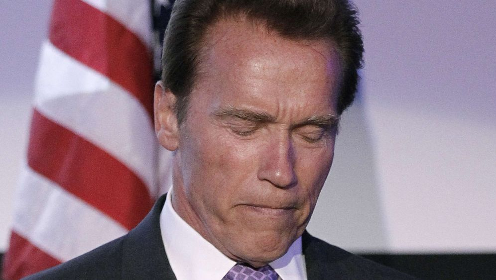 Arnold Schwarzenegger: Der Terminator allein zu Haus