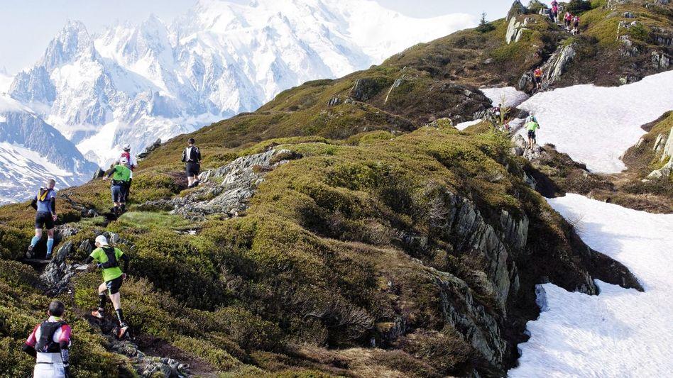Volkslauf am Montblanc: 2760 Meter hinauf, 1704 Meter hinunter und 41,6 Kilometer weit Volkslauf am Montblanc: 2760 Meter hinauf, 1704 Meter hinunter und 41,6 Kilometer weit