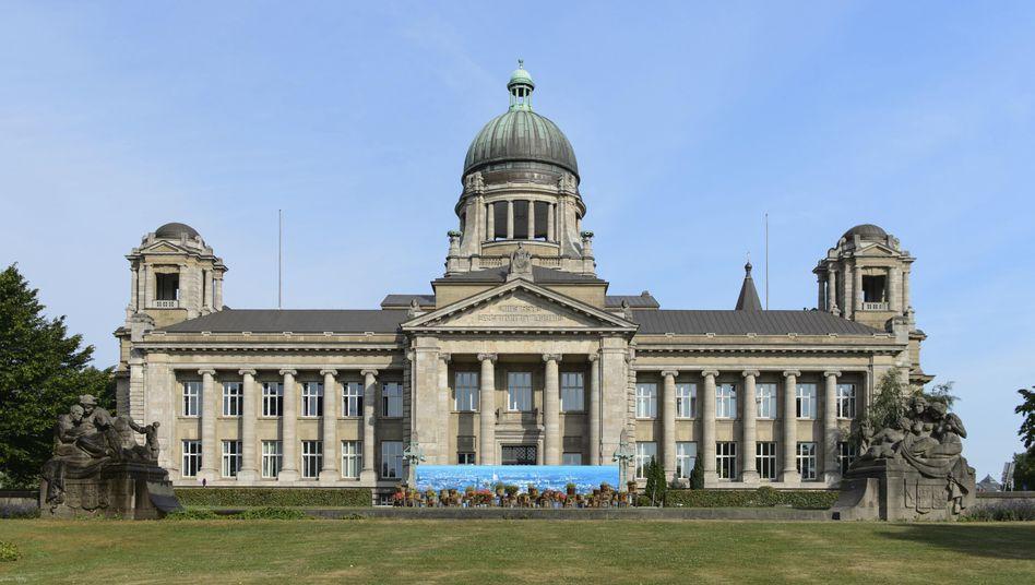 Oberlandesgericht Hamburg: Anklage erhoben