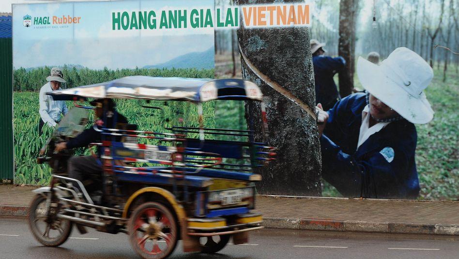 Hagl-Werbung in Laos: umstrittene Methoden bei der Landnahme