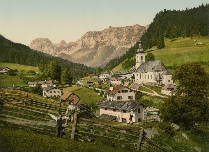 Malerisch wurde Ramsau nahe Berchtesgaden in Farbe porträtiert.