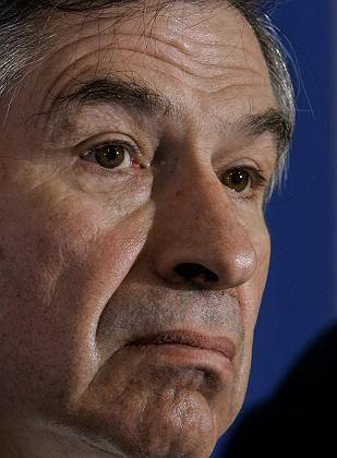 "World Bank President Paul Wolfowitz: ""Should do the bank a service and take responsibility for his own actions."""