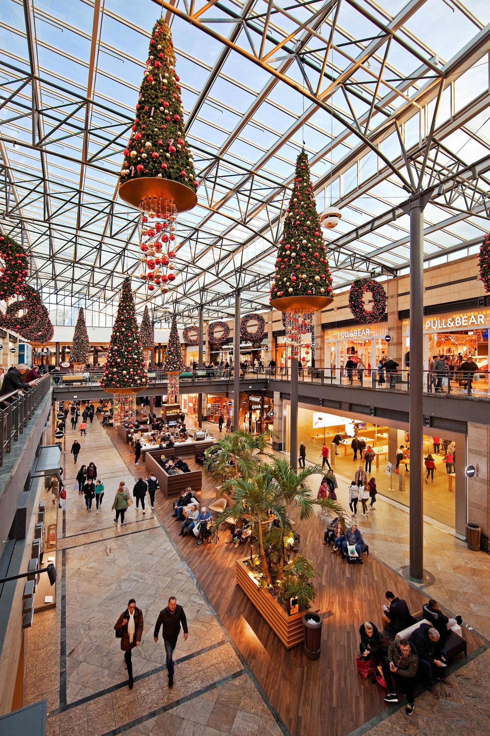 Einkaufszentrum CentrO zur Weihnachtszeit, Deutschland, Nordrhein-Westfalen, Ruhrgebiet, Oberhausen shopping mall Centr