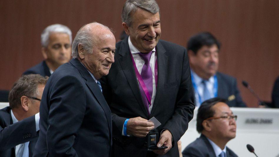Ex-Fifa-Boss Blatter, Ex-DFB-Chef Niersbach: Wohin flossen die Millionen?