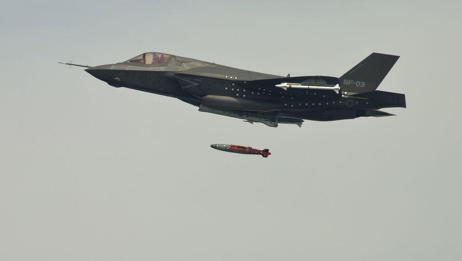 """F-35-Jet beim Bombenabwurf: """"Unser bestes Stück"""""""