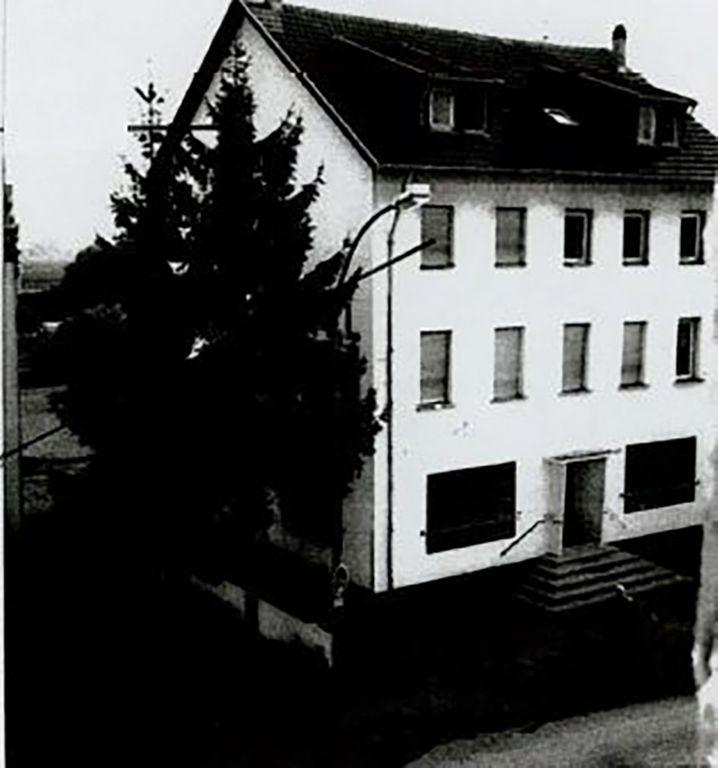 """Asylbewerberunterkunft im ehemaligen Hotel """"Weißes Rößl"""" in Saarlouis."""