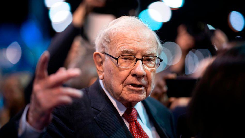 89-jähriger Multimilliardär Buffett: Rückschlag für Holdinggesellschaft Berkshire Hathaway