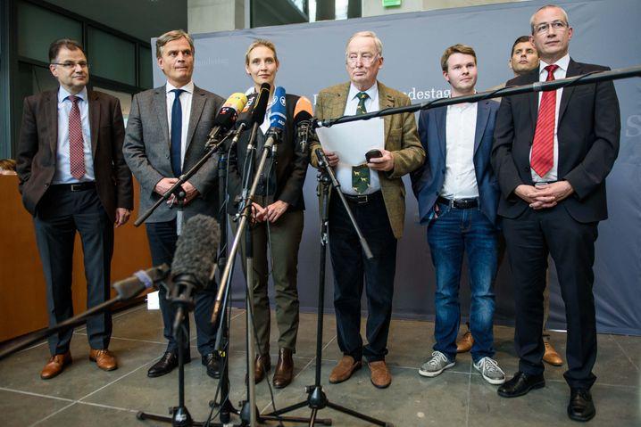 Frühere AfD-Fraktionsspitze mit Pressesprecher Lüth im September 2017 (2.v.r. hinten): Einst 2013 von der FDP zur AfD gewechselt