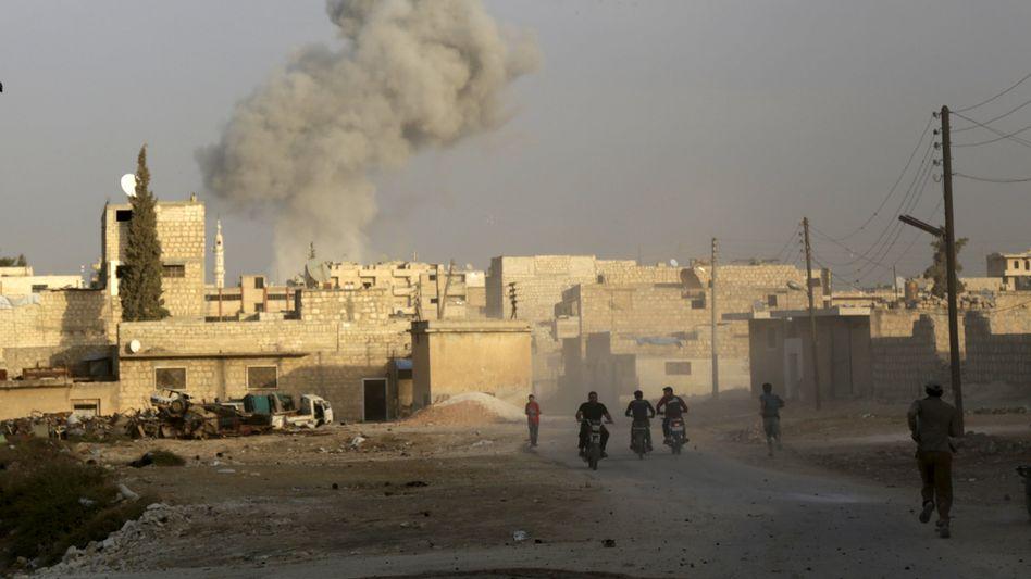 """Russischer Luftangriff in der Provinz Idlib: """"Alle Konfliktparteien setzen sich über das Recht hinweg"""""""