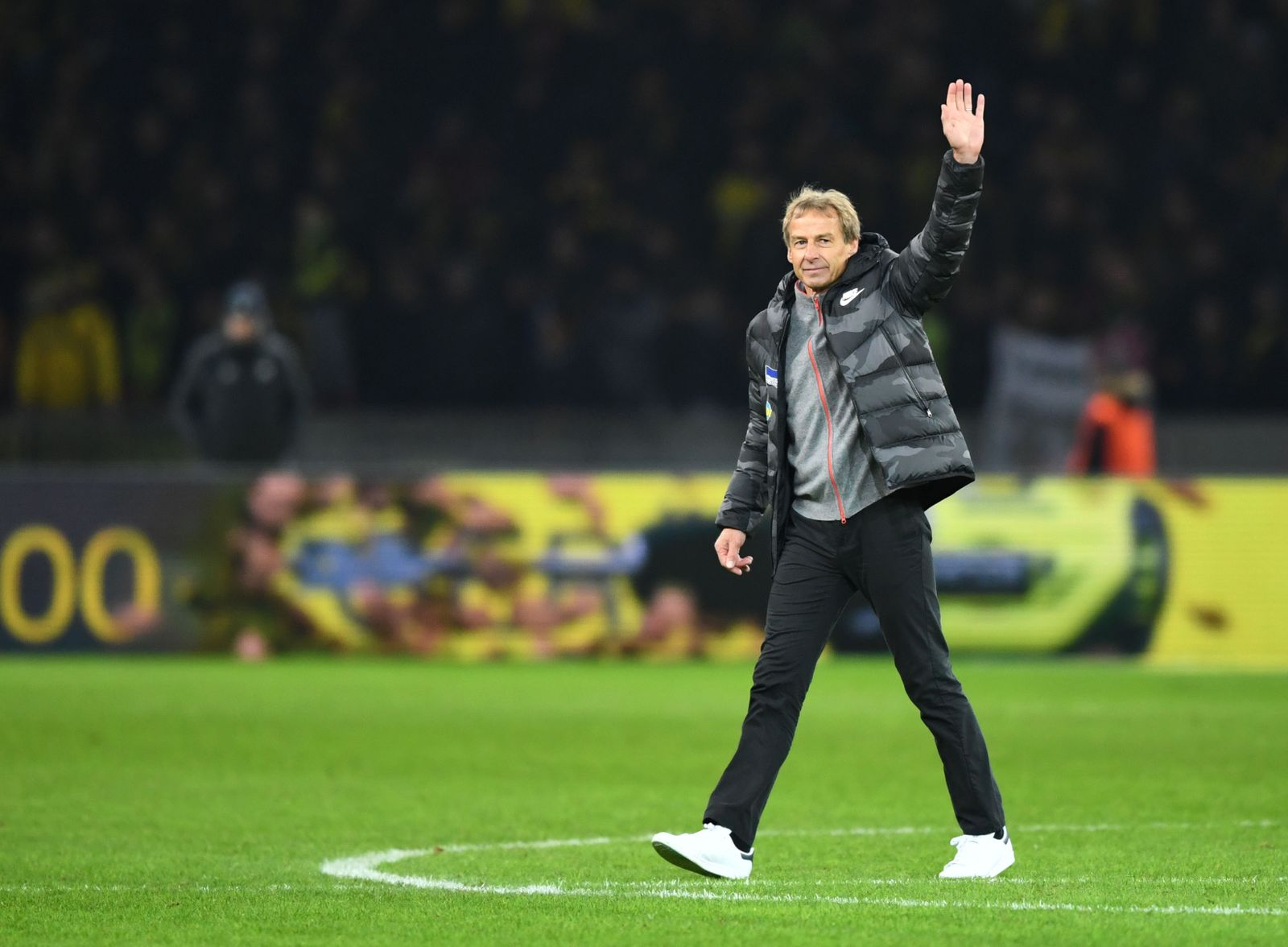 Fussball, Herren, 1. Bundesliga, Saison 2019/20, (13. Spieltag), Hertha BSC - Borussia Dortmund (1:2), v. l. Trainer Jür