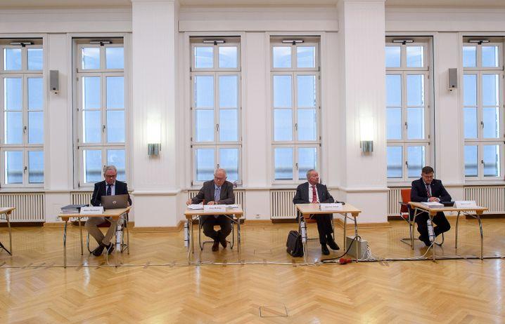Pressekonferenz zur Vorstellung des Abschlussberichts im Fall Oury Jalloh