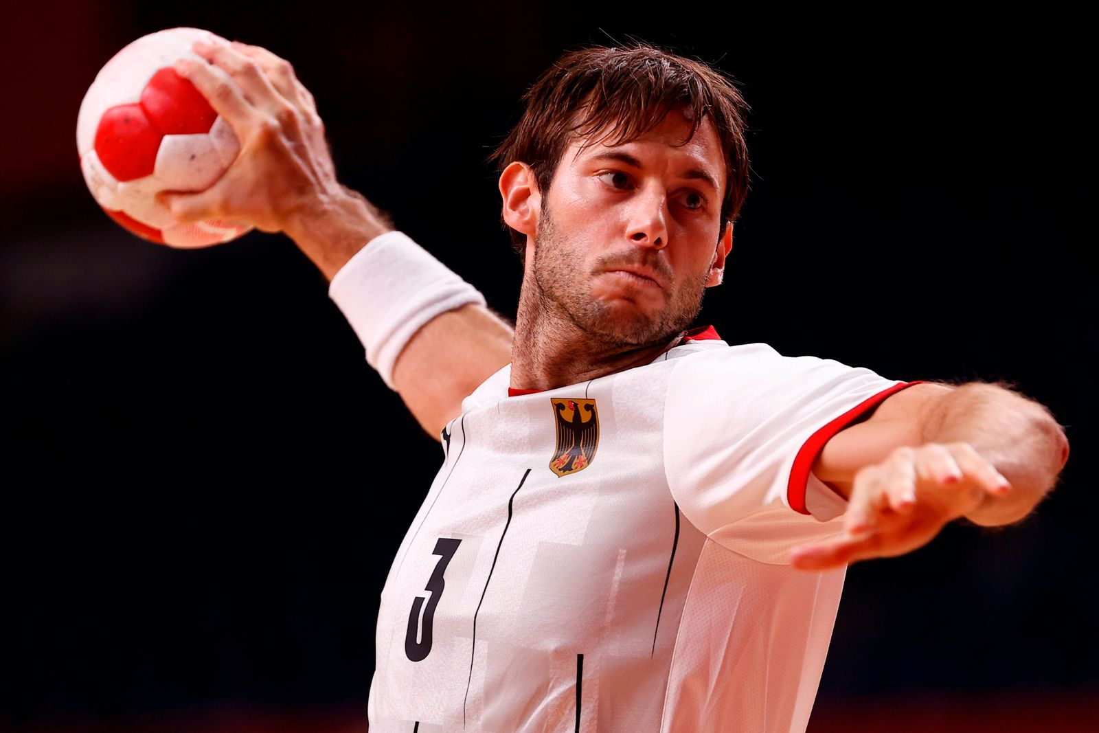 Germany s Uwe Gensheimer in action against Argentina in a Handball Group A match amid the 2020 Olympic Games, Olympisch