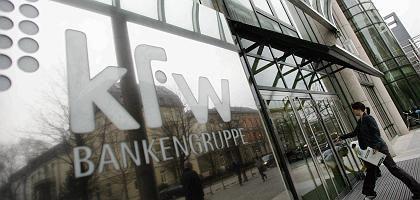 """KfW-Sitz in Frankfurt am Main: """"Fördertätigkeit und Island klingt seltsam"""""""