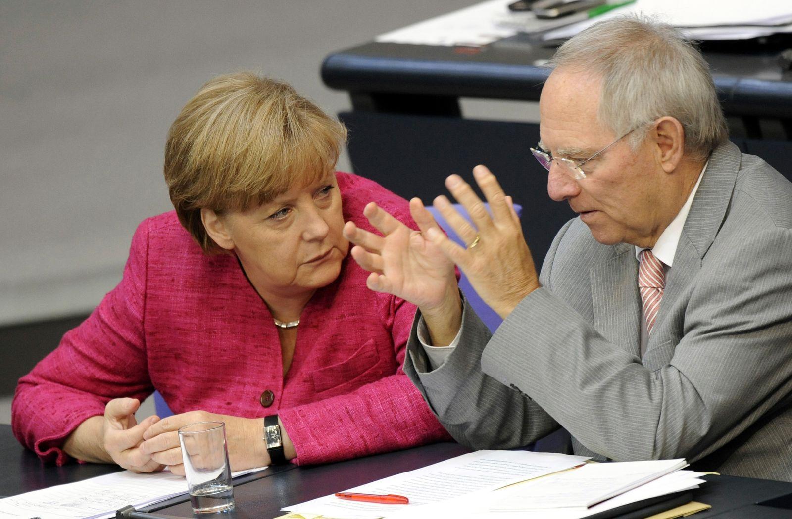 NICHT VERWENDEN Merkel/ Schäuble