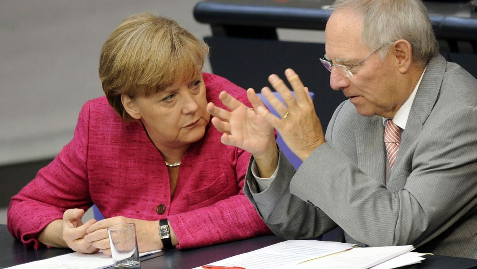 German Chancellor Merkel and her Finance Minister Schäuble: Will the French election foil plans to appoint him as head of Euro Group?