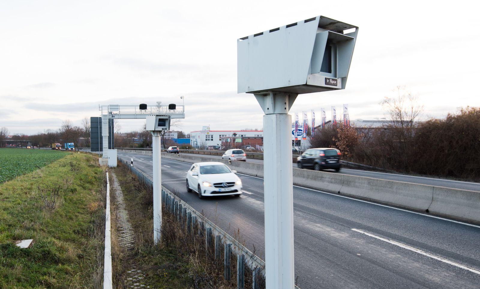 Bundesweit erstes Streckenradar-Messgerät