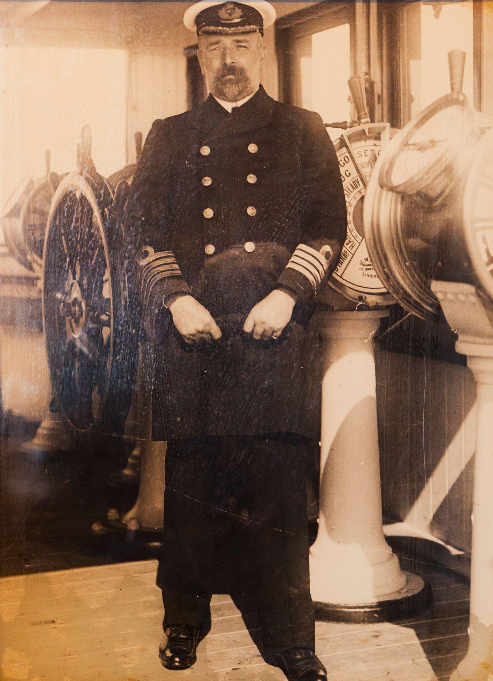 Kapitän von Bord - Captain Edward John Smith
