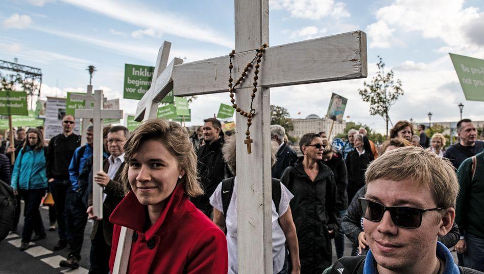 """Teilnehmer am """"Marsch für das Leben"""" (im September 2018 in Berlin)"""