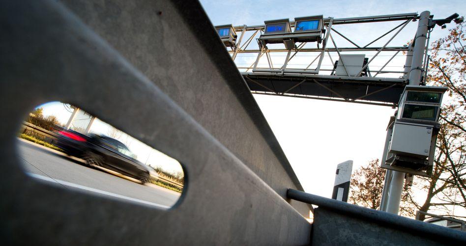 Autobahn: Bewegungsprofile von jedem Autofahrer?